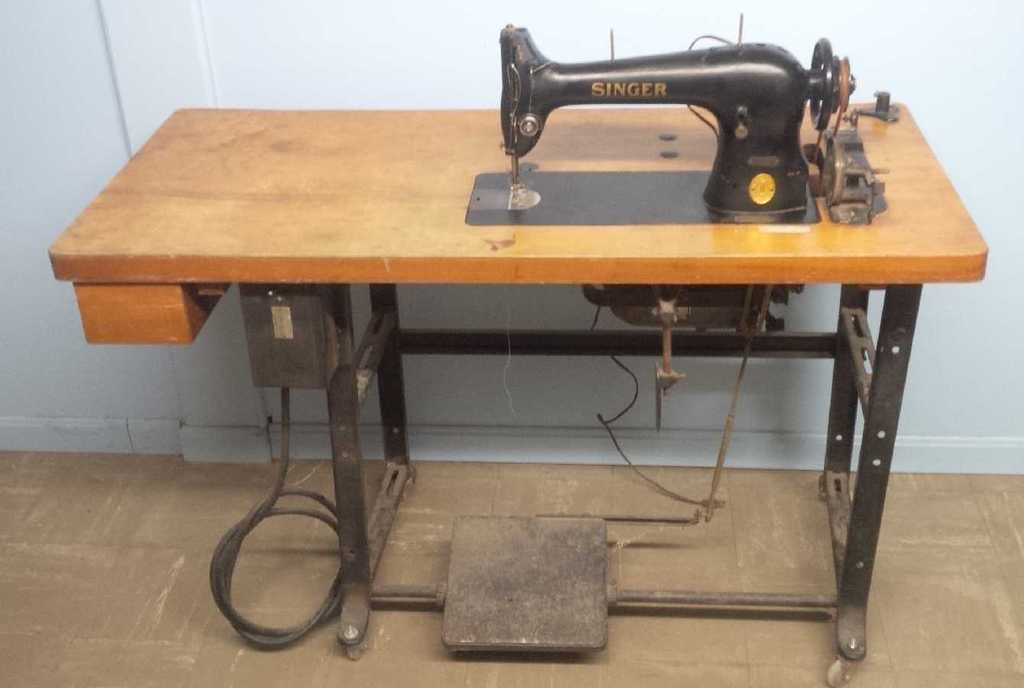 Too Cold For Jeep Work Old Sewing Machine Instead The CJ40A Page Mesmerizing Sewing Machine Help Forum