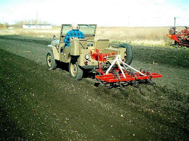 Aparte de los tractores... ¿qué otras aficiones tienes? IM001245b